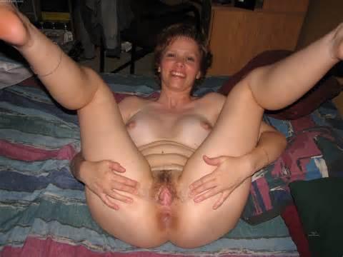 759 PUSSY vrouwen Amateur harige natte vuile Fotzen 1 JPG