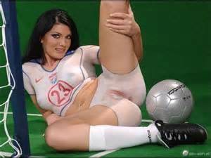 Geschilderde Pussy een lichaam verf Soccer Brunette atletische Euro Calcio sokken