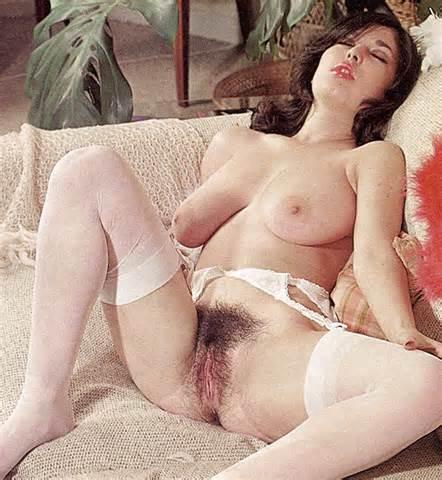 Retro Perversium Vintage harige Pussy