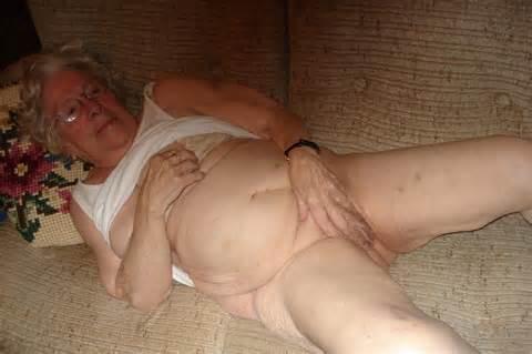 16 oude volwassen Fat oma panty slipje natte kut 2 Jpg