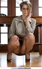 Secretaris panty Upskirt glazen Highheels Smutty Com