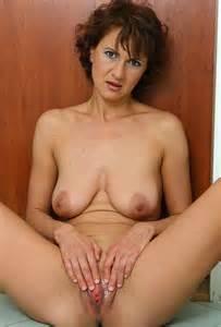 Kut foto's moeder rijpe kutje porno moeder Milf vrouw foto Granny verspreid